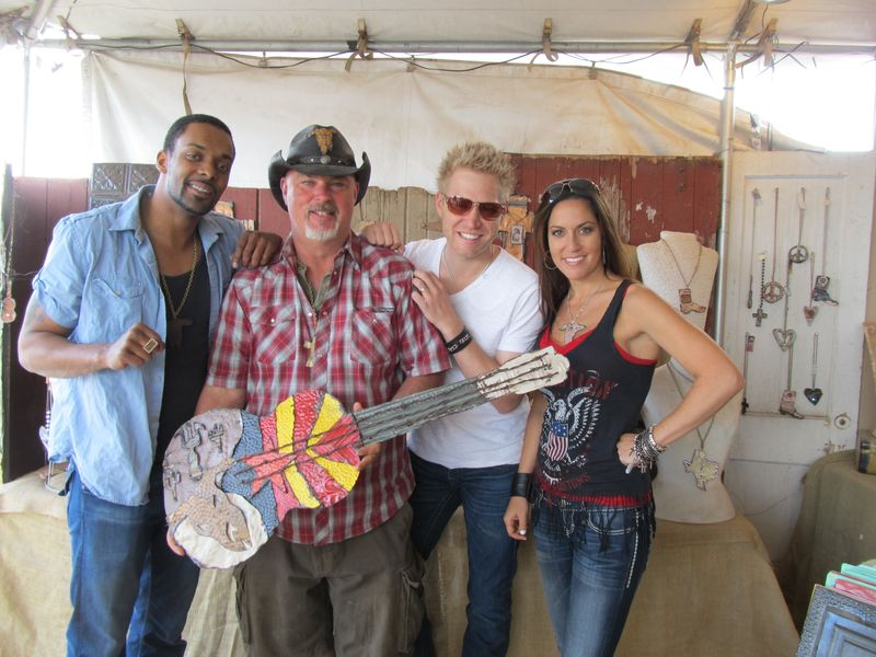 Country thunder 078